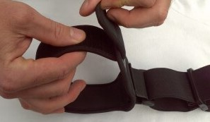 adjusting the arm cuff